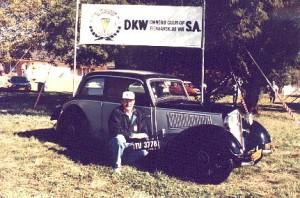 DKW-2000_Blue-Black_F-7_P_-_Wielich