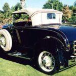 1930_Ford_Model-A_dark-blue_b