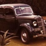 1936_Ford_CX_De_Luxe_Fordor_Saloon