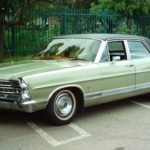 1967_Ford_Galaxie_500_Ltd_Green