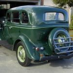 34_Ford_Fourdoor_Green-rsb