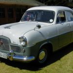Ford_55_Zephyr_6_White-Green_sf1
